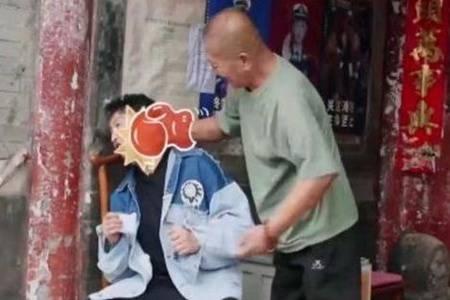 邹市明被北京老大爷KO 拳王怎么了个人资料现况深扒