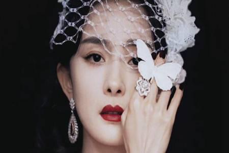 杨幂轻纱遮面复古造型曝光 宝石菱形镂空红毯女王实至名归
